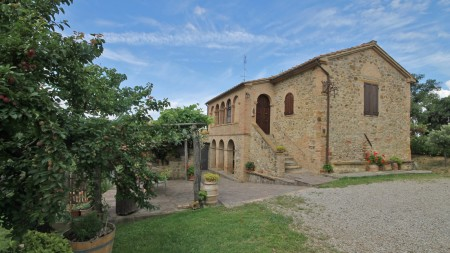 Wineries, Vineyards for sale in Tuscany -Rif.Az127