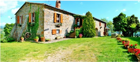 Tuscany, Siena, holiday farms for sale -Az.223