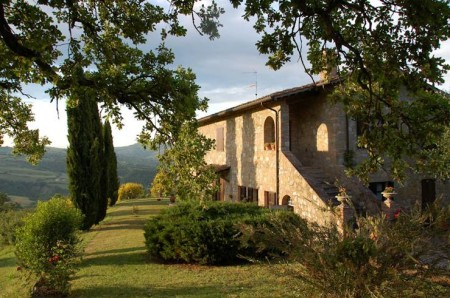 Country houses in tuscany