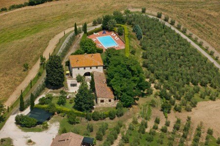 Tuscany, Montalcino farmhouse for sale -Az.222
